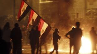 Des affrontements violents ont opposé des manifestants anti-Morsi dans la nuit du 25 au 26 janvier 2013