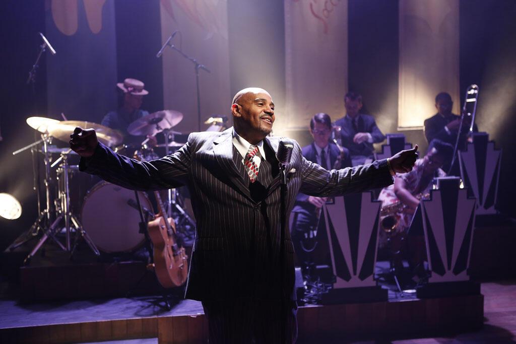 Allan Harris dans la comédie musicale «Cafe Society Swing».