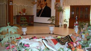 Tombe de Saddam Hussein à Anjouar, le village natal de l'ancien dictateur, le 30 décembre 2010.