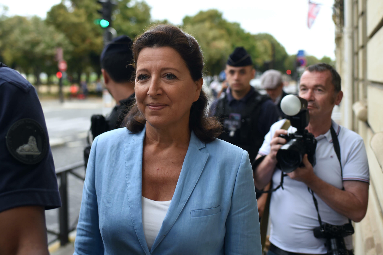 La exministra francesa de Salud Agnès Buzyn llega a la Corte de Justicia de la República (CJR), el 10 de septiembre de 2021 en París