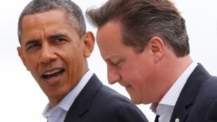 Barack Obama et David Cameron lors du sommet du G8 à Enniskillen, en Irlande du Nord, le 18 juin 2013.