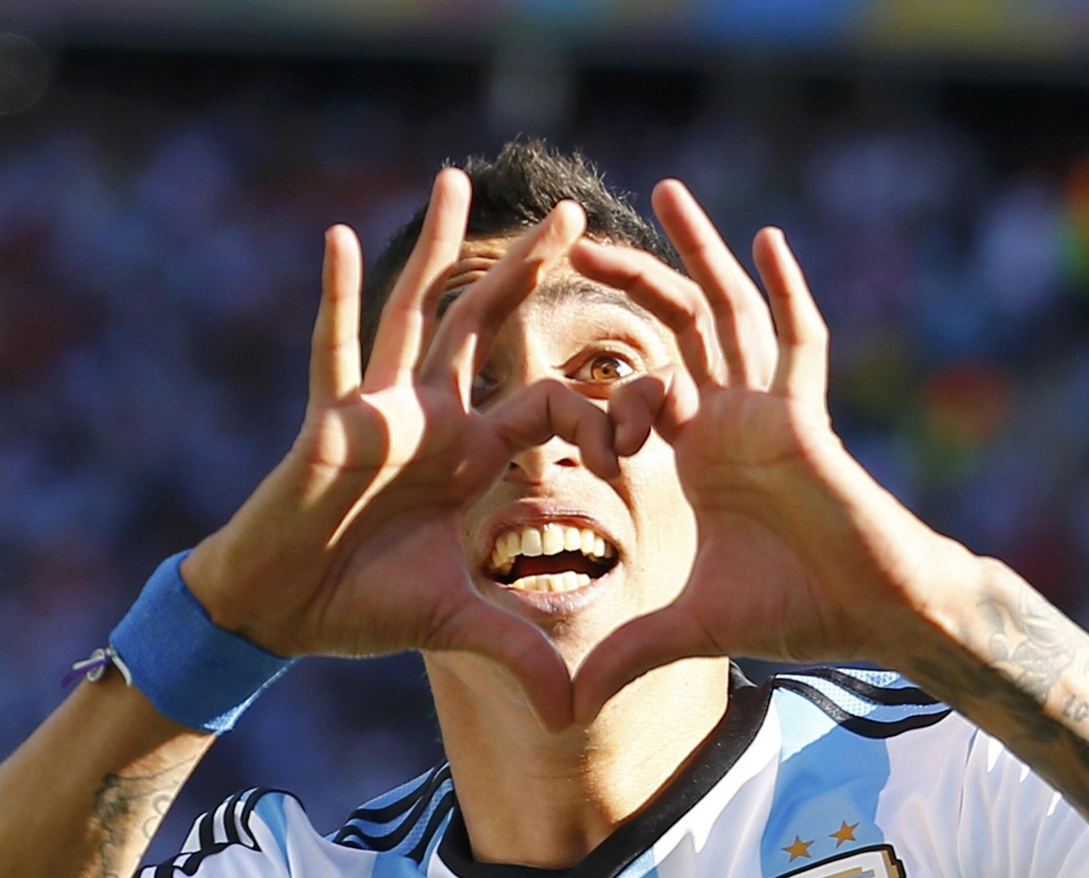 O jogador argentino Angel de Maria, após marcar contra a Suíça, na Copa do Mundo do Brasil.