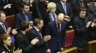 Сессия Верховной Рады одобряет кандидатуру Арсения Яценюка на пост премьер-министра. Киев 27/02/2014