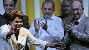 Dilma Rousseff em discurso depois do resultado da eleição em 26 de outubro de 2014.