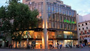 Une boutique Zara à Madrid en Espagne.