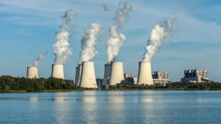 La Norvège espère en faire une industrie florissante et stocker à elle seule jusqu'à 400 millions de tonnes de CO2 d'ici 2050, l'équivalent des émissions carbone de la France.