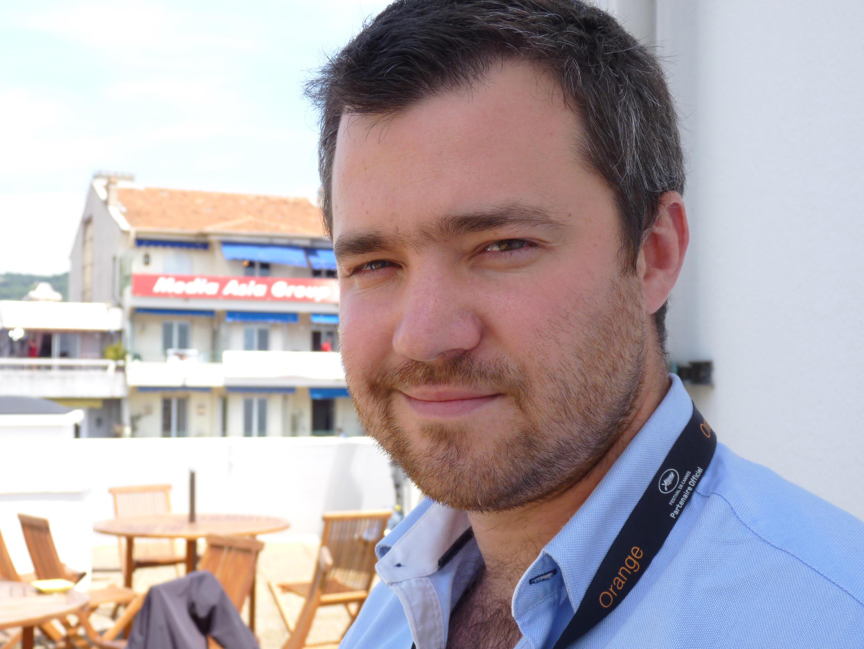 Clément Tréhin-Lalanne, réalisateur du film AISSA, en lice pour la Palme d'or des courts métrages au Festival de Cannes.