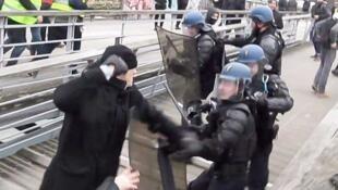 افزایش خشونتها علیه پلیس فرانسه