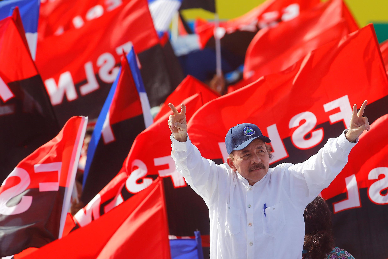 Le président du Nicaragua Daniel Ortega arrive à un événément célébrant le 39e anniversaire de la révolution sandiniste, le 19 juillet à Managua.