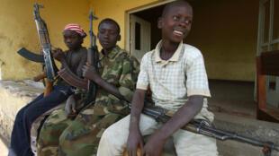 Niños soldados en la provincia de Ituri, República Democrática del Congo.