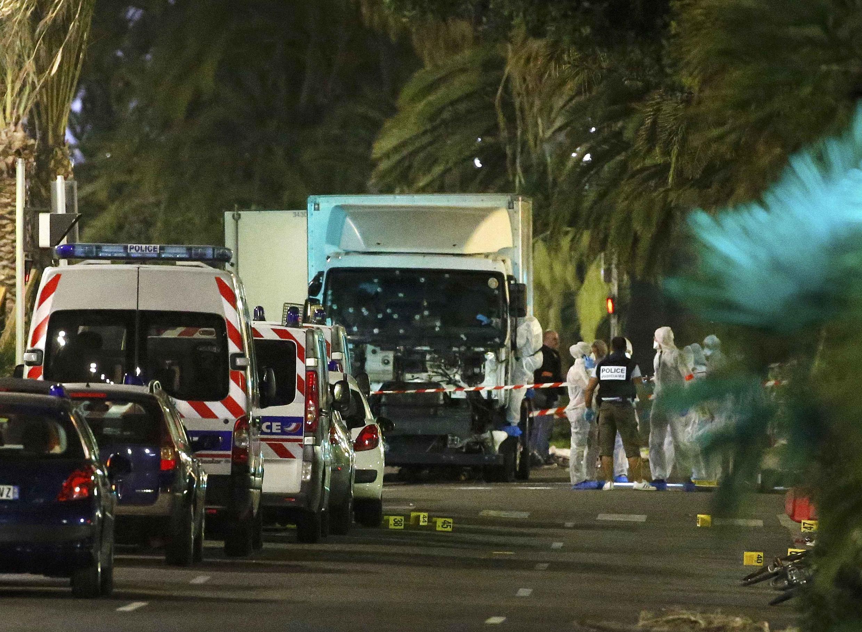 O caminhão que atropelou multidão em Nice.