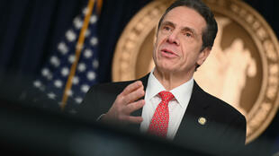 El gobernador de Nueva York Andrew Cuomo en una conferencia de prensa el 2 de marzo de 2020, al  informar sobre el primer caso confirmado de covid-19