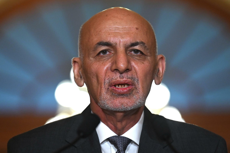 El entonces presidente afgano, Ashraf Ghani, habla durante una reunión con líderes parlamentarios de EEUU, el 25 de junio de 2021 en Washington
