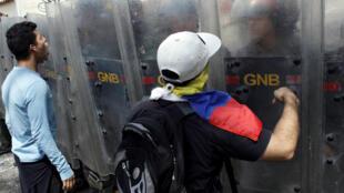Zanga-zangar adawa da shugaban Venezuela Nicolas Maduro.