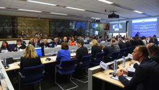 Les ministres de la Santé réunis à Bruxelles pour coordonner leur lutte contre Ebola, le 16 octobre 2014.