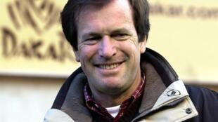 """Le directeur du rallye """"Paris-Dakar"""", le Français Hubert Auriol, le 28 décembre 2000 à Nivelles (Belgique)"""