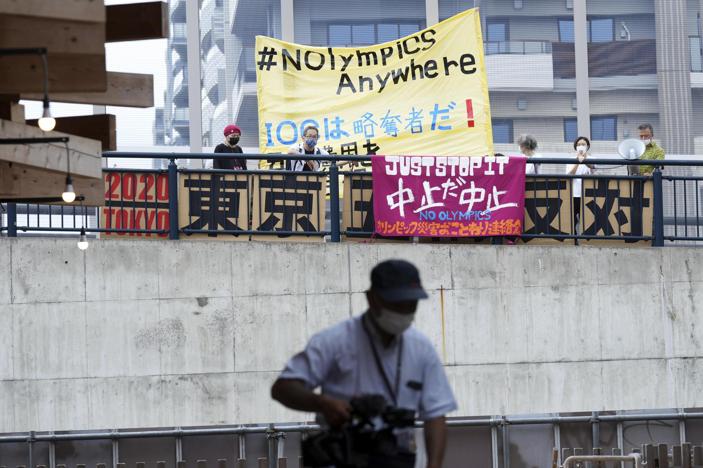 Des opposants à la tenue des Jeux olympiques de Tokyo 2021, le 20 juin.