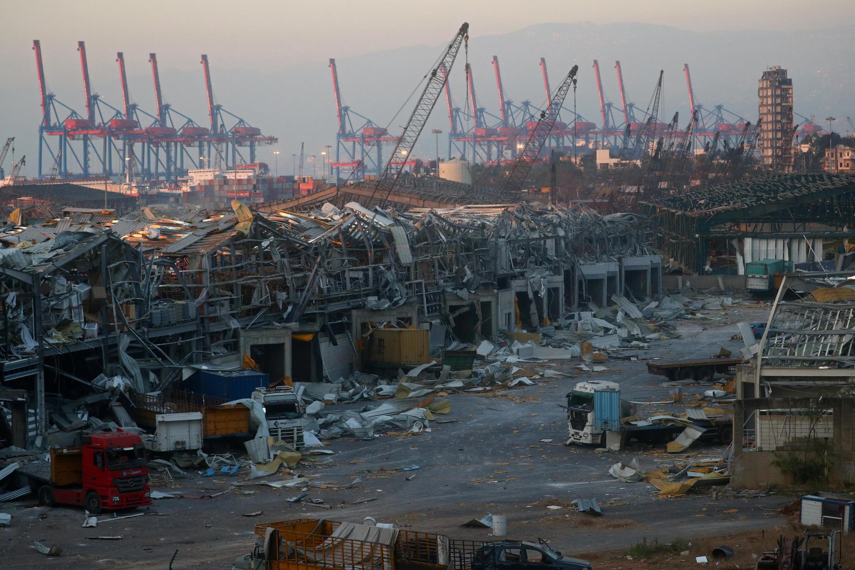 Com as explosões no porto de Beirute, estoques de cerais foram destruídos e o abastecimento de alimentos vindos de fora, que representam 85% do consumo do país, foi comprometido.