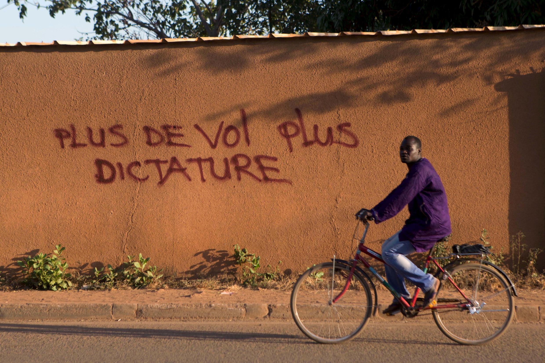 La campagne électorale, qui s'est achevée vendredi 27 novembre, s'est déroulée dans le calme. Les Burkinabè sont appelés aux urnes dimanche.