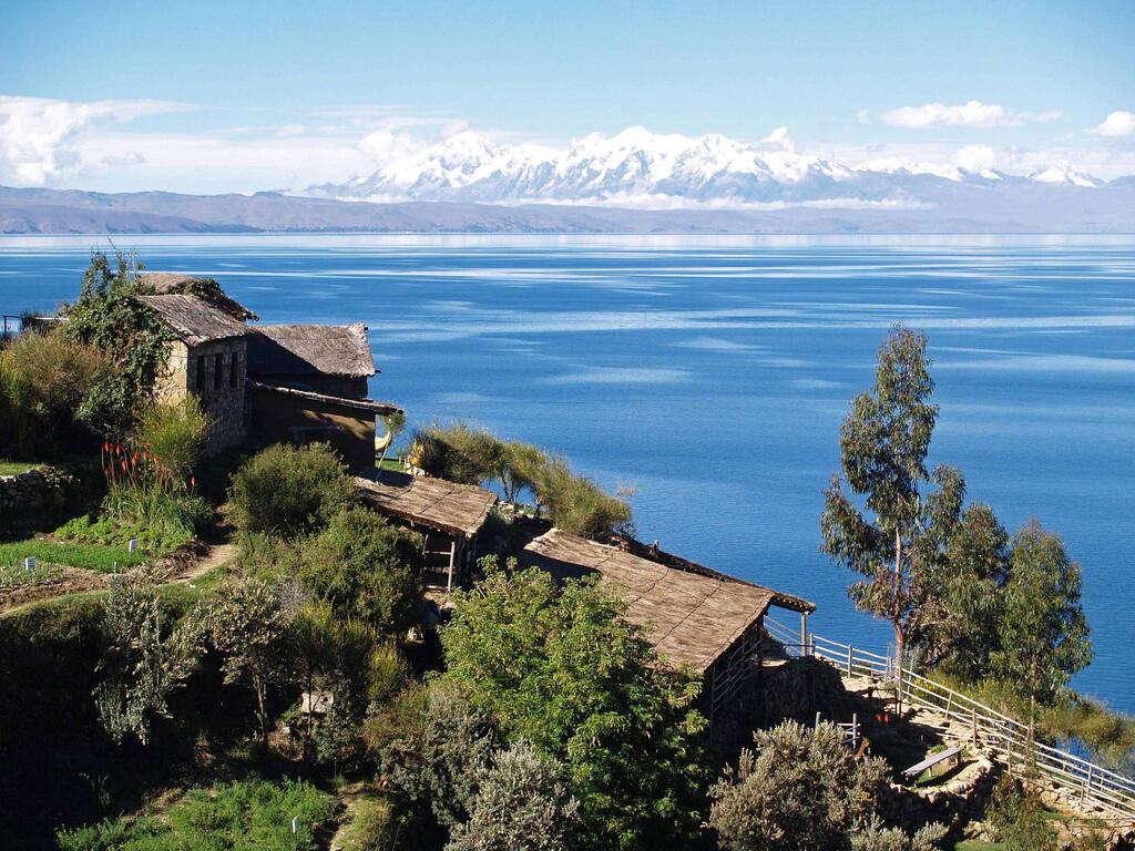 Le lac Titicaca vu depuis la Bolivie.
