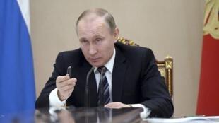 ولادیمیر پوتین، رئیس جمهوری روسیه. ١٠ فوریه ٢٠۱۶
