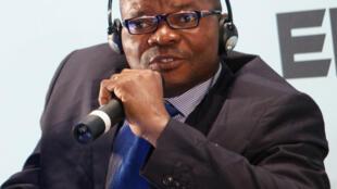 Marc Ona Essangui, coordonnateur de la campagne internationale «Tournons la page».