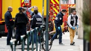 Forensic police looking for clues to the explosion in Lyon on Friday