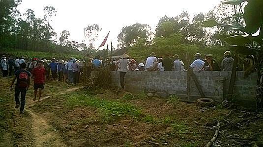 Người dân xã Bắc Sơn, tỉnh Hà Tĩnh xung đột với công an vì không chấp nhận việc chính quyền địa phương cưỡng chế thu hồi đất (facebook)