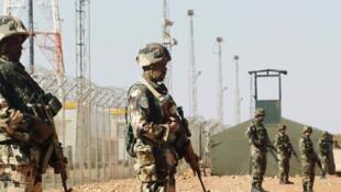Face au terrorisme, les militaires algériens sont appelés à faire preuve de plus de vigilance.