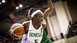 La Sénégalaise Aya Traoré lors de l'Afrobasket 2017 au Mali.