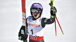 France's Tessa Worley celebrates after winning the women's giant slalom race in St Moritz on February 16, 2017.