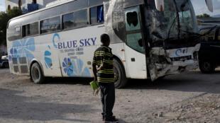 Um motorista de ônibus em fuga matou 38 pessoas e feriu outras 13 na cidade de Gonaivez, a 150 km da capital do Haiti, informaram autoridades da Defesa Civil.