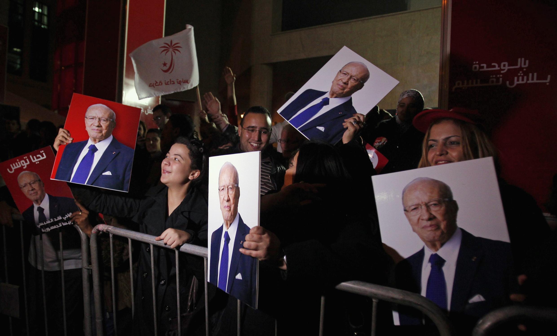 Beji Caïd Essebsi a été élu président de la Tunisie, le 22 décembre 2014, malgré ceux qui l'accusent d'incarner l'ancien régime de Ben Ali.