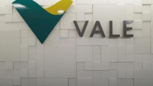 L'entreprise minière Vale est pointée du doigt après la rupture d'un barrage à Brumadinho qui a fait au moins 60 morts et 300 disparus.