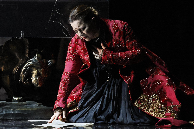 5 Tosca by Damir Yusupov