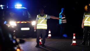 Французские жандармы на месте происшествия