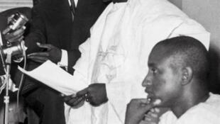 Le 4 octobre 1958, Ahmed Sékou Touré annonce à l'Assemblée nationale l'indépendance de la Guinée.