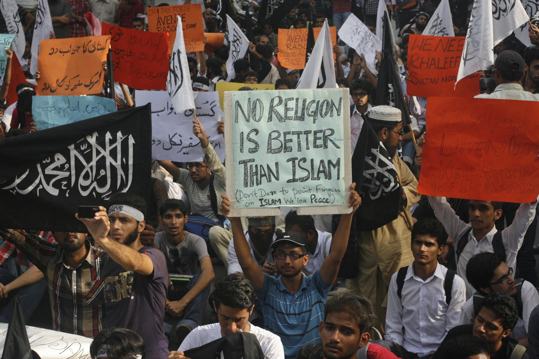 Biểu tình phản đối bộ phim báng bổ đạo Hồi, Lahore, Pakistan, 20/09/2012