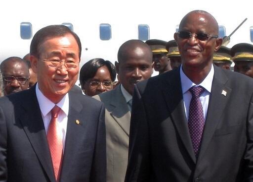 Ban Ki-moon with Burundi's President Yves Sahinguvu on an earlier leg of his Africa tour