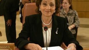 Octobre 2010, Suzanne Moubarak assistait à Tunis au 3ème Congrès de l'Organisation de la femme arabe (OFA).