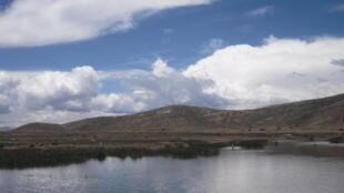 Le lac mineur Titicaca.