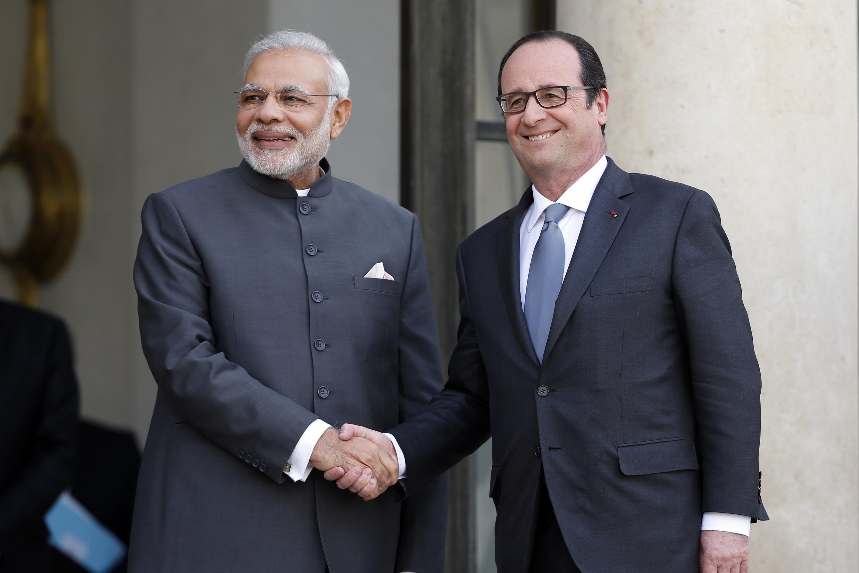 Primeiro-ministro da Índia Narendra Modi em encontro com Hollande.
