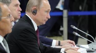 Владимир Путина на самите G20 в Осаке 28 июня 2019