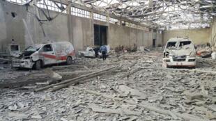 Las dos últimas ambulancias en Al-Marj, al este de Guta, fueron destruidas durante un bombardeo. Siria, 5 de diciembre de 2016.