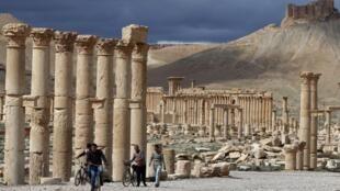 """A cidade antiga de Palmira, chamda de a """"pérola do deserto"""" sírio. (14/05/15)"""