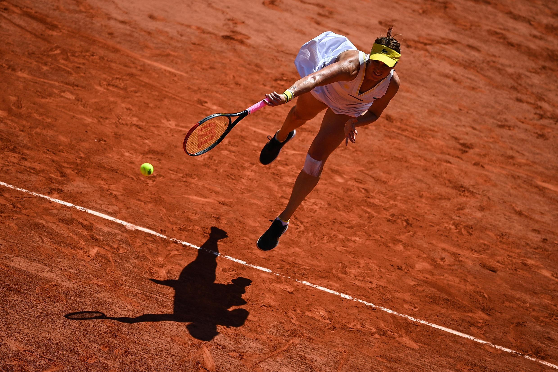 A russa Anastasia Pavlyuchenkova venceu Tamara Zidansek e passa para a final de Roland Garros 2021.