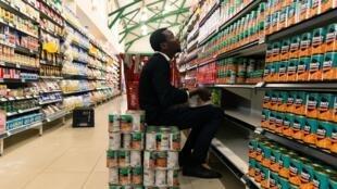 Au Zimbabwe, l'inflation annuelle continue de s'envoler. Elle a grimpé de près de 837% en juillet 2020, après avoir atteint 737,3% en juin.