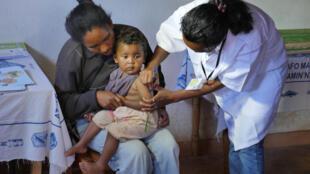 Centre de santé de brousse paramedicaux infirmiere aide soignante madagascar