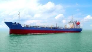 Vinashin cung cấp tàu chở dầu cho công ty dầu khí Việt Nam