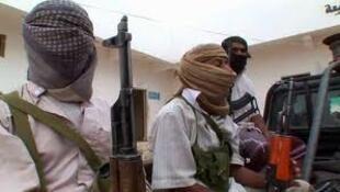 Wanamgambo wa Al Qaeda wanaodaiwa kufanya shambulizi la kujitoa mhanga nchini Yemen